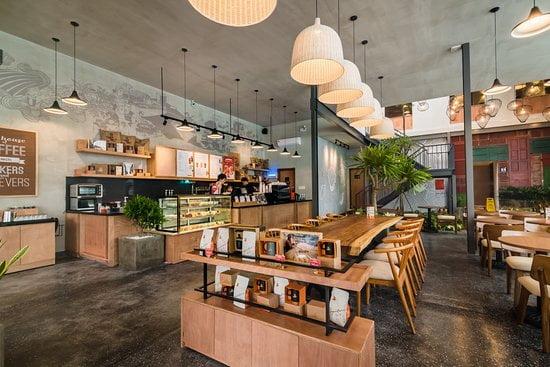 the coffee house, quán cafe mở xuyên tết