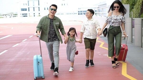 gia đình du lịch dịp tết nguyen đán 2020