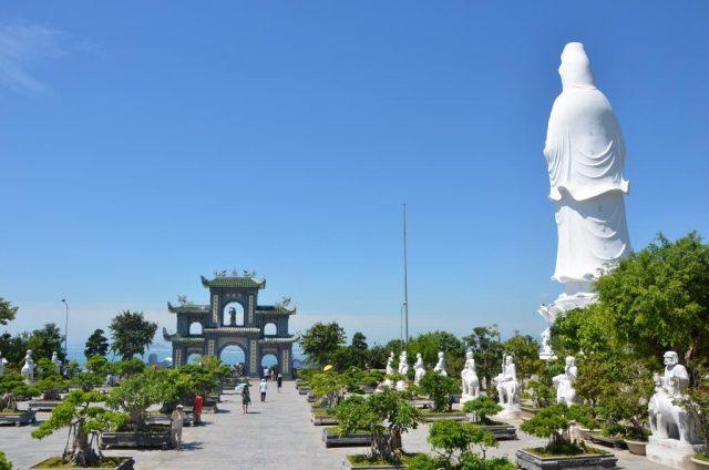 Chùa Linh Ững - khám phá Bán Đảo Sơn Trà