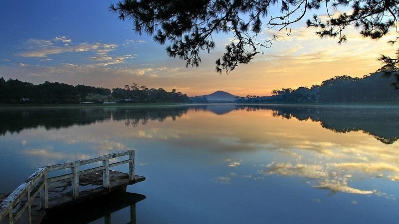 Hồ Xuân Hương mang lại vẻđẹp quyến rũ