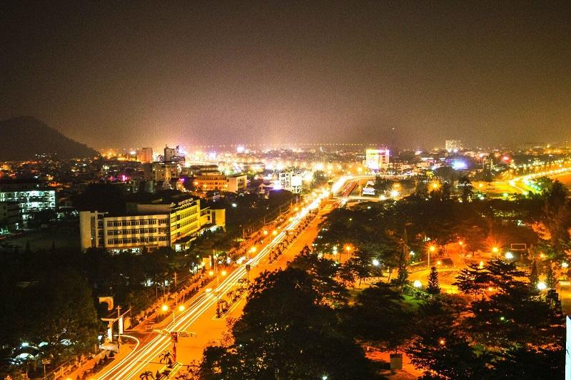 Thành phố Quy Nhơn khi lên đèn