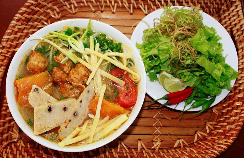 Bún chả cá ngon nức tiếng tạiQuy Nhơn