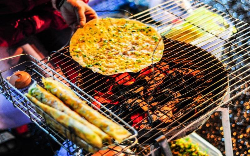 Bánh tráng nướng Đà Lạt - một món ăn hoài không chán