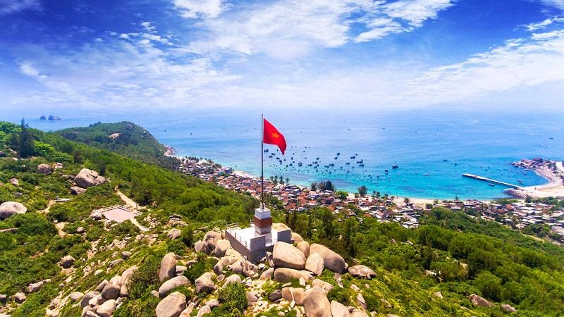 Công trình cột cờ thanh niên Tổ quốcở đảo Cù Lao Xanh