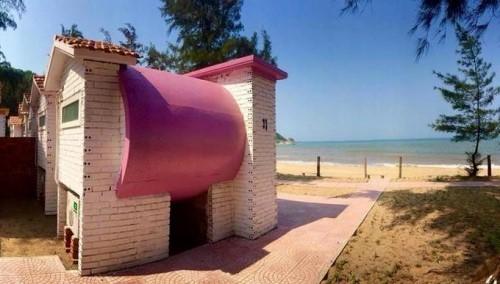 Homestay Ống Cống được xây dựng hướng ra biển Thạch Hải