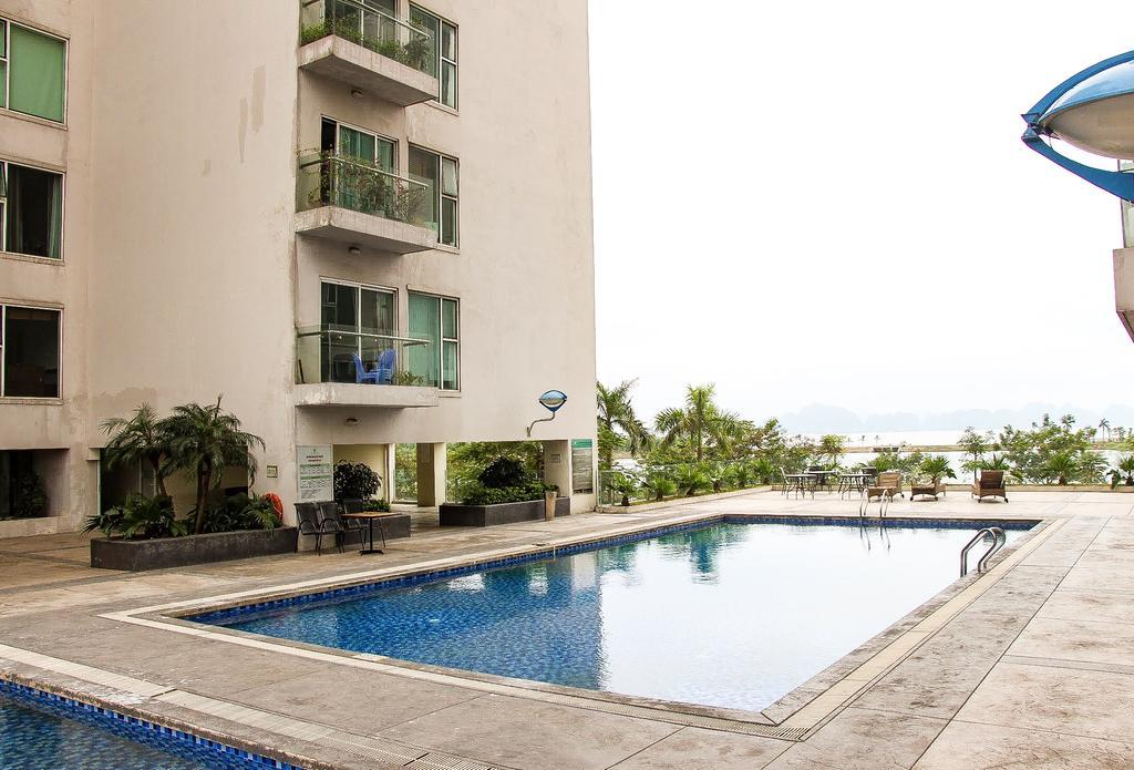 Bể bơi Le Jardin Homestay Halong