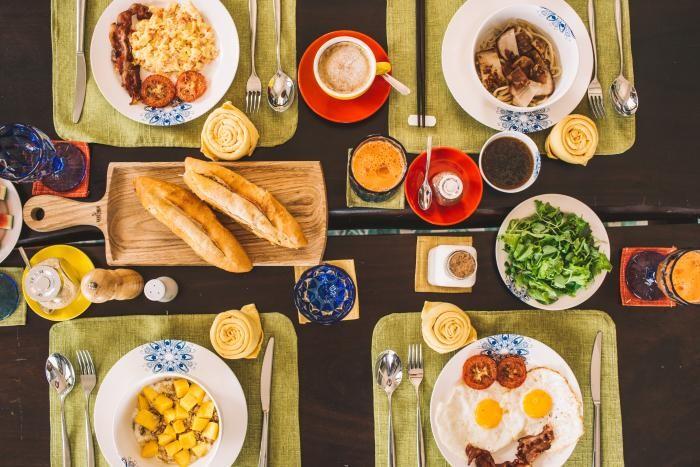 Bữa sáng thịnh soạn và đầy đủ dưỡng chất của Heron House